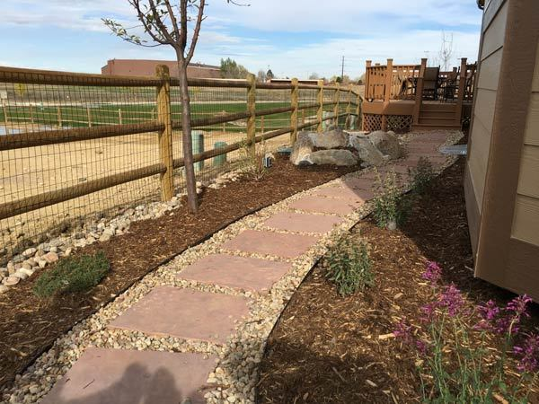 Flagstone-Stepper-Dimensional-Pathway-To-Deck-Yard-Elves